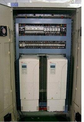 产品名称:变频器控制柜